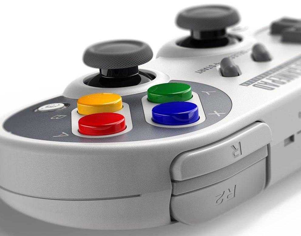 ジャイロ操作もできるスーファミ風ニンテンドースイッチコントローラー「8Bitdo SF30 Pro GamePad」